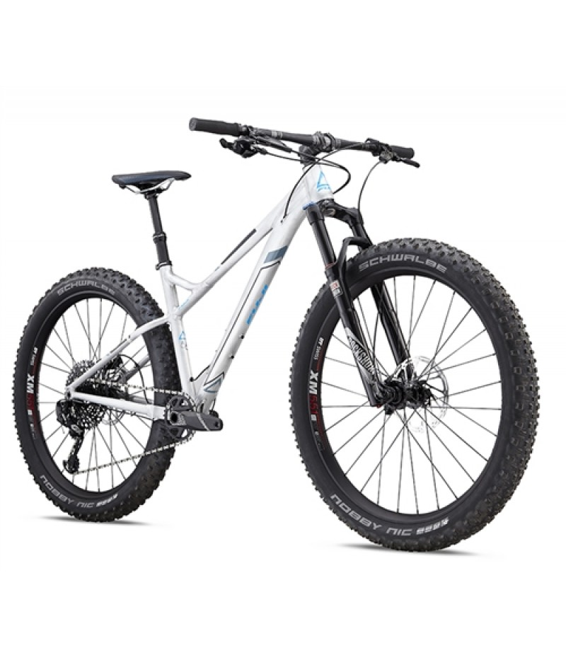 Fuji Bighorn 1.1 27.5+ Mountain Bike -- 2018 Mountain Bikes