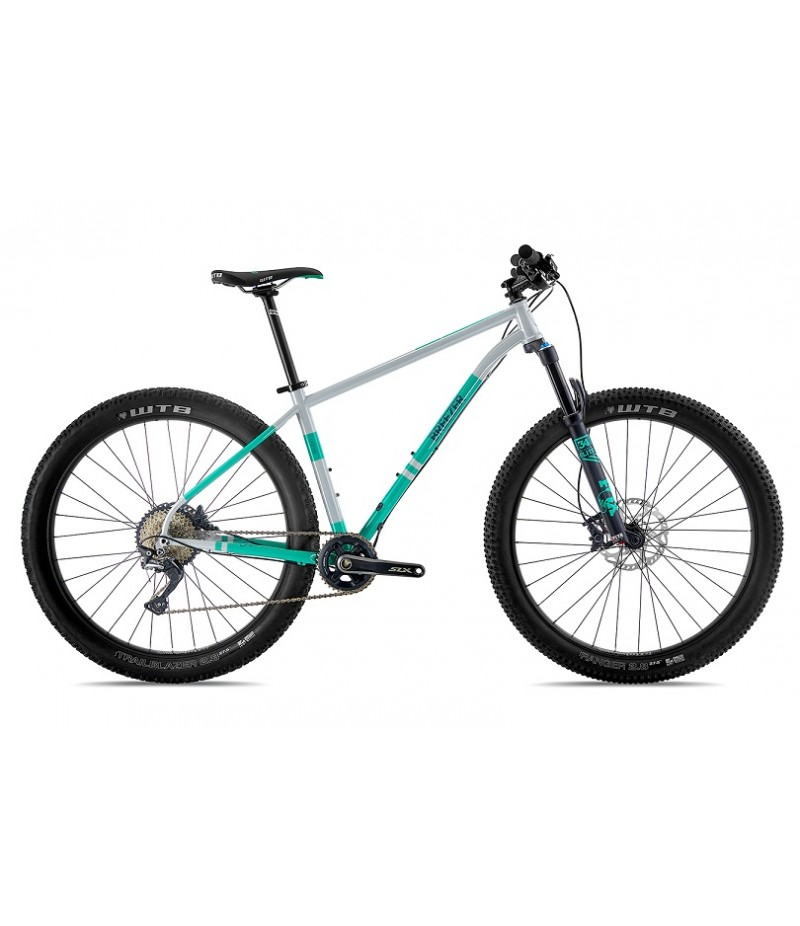 Breezer Lightning Pro 27.5+ Mountain Bike - 2018 Mountain Bikes